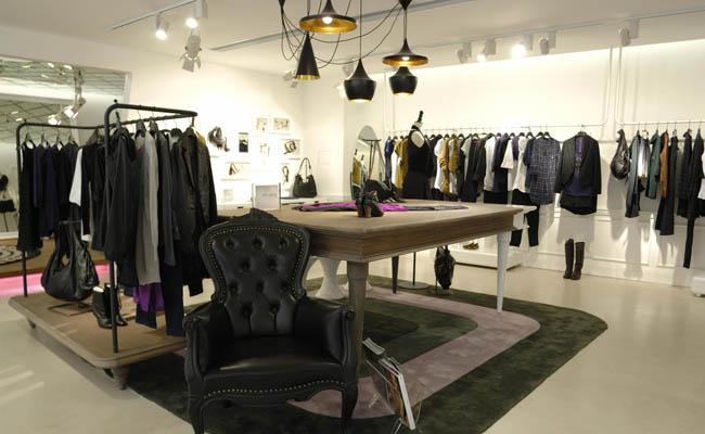 服装店装修设计 合理地选择材料
